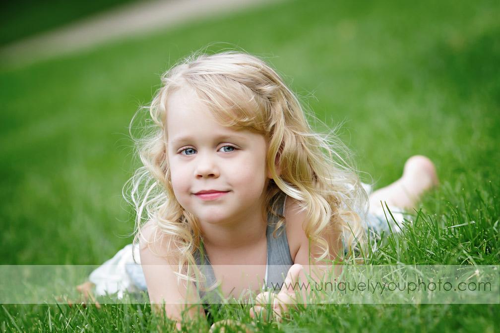 Child Photographer Lincoln Ne - www.uniquelyyouphoto.com