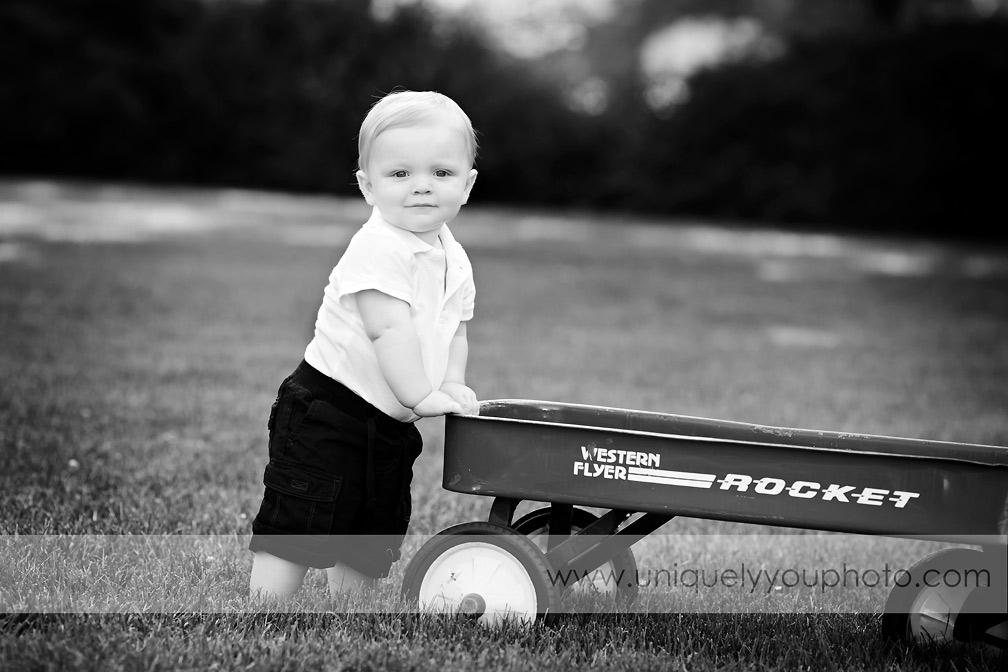 Lincoln Nebraska family photographer - Uniquely You Photography - www.uniquelyyouphoto.com