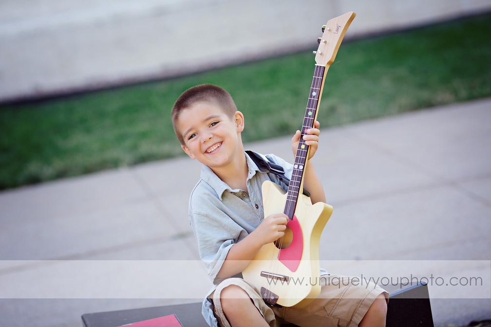 https://www.uniquelyyouphoto.com/2014/02/will-turned-one-lincoln-nebraska-child-photographer/