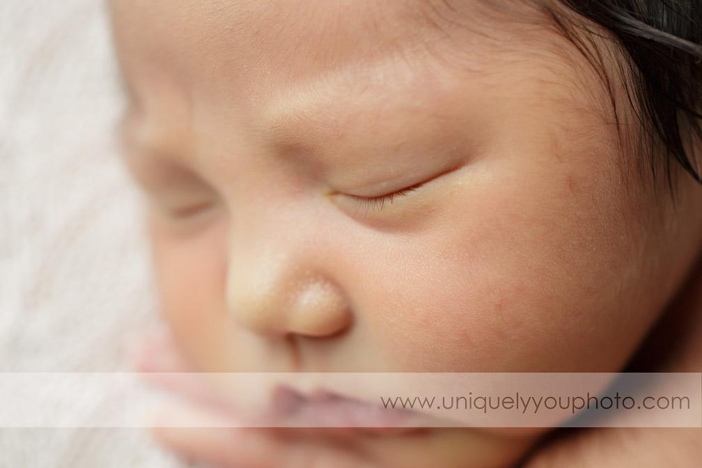 newborn-eyelashes-macro-photography