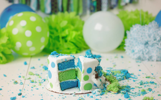 blue and green birthday cake smash lincoln ne