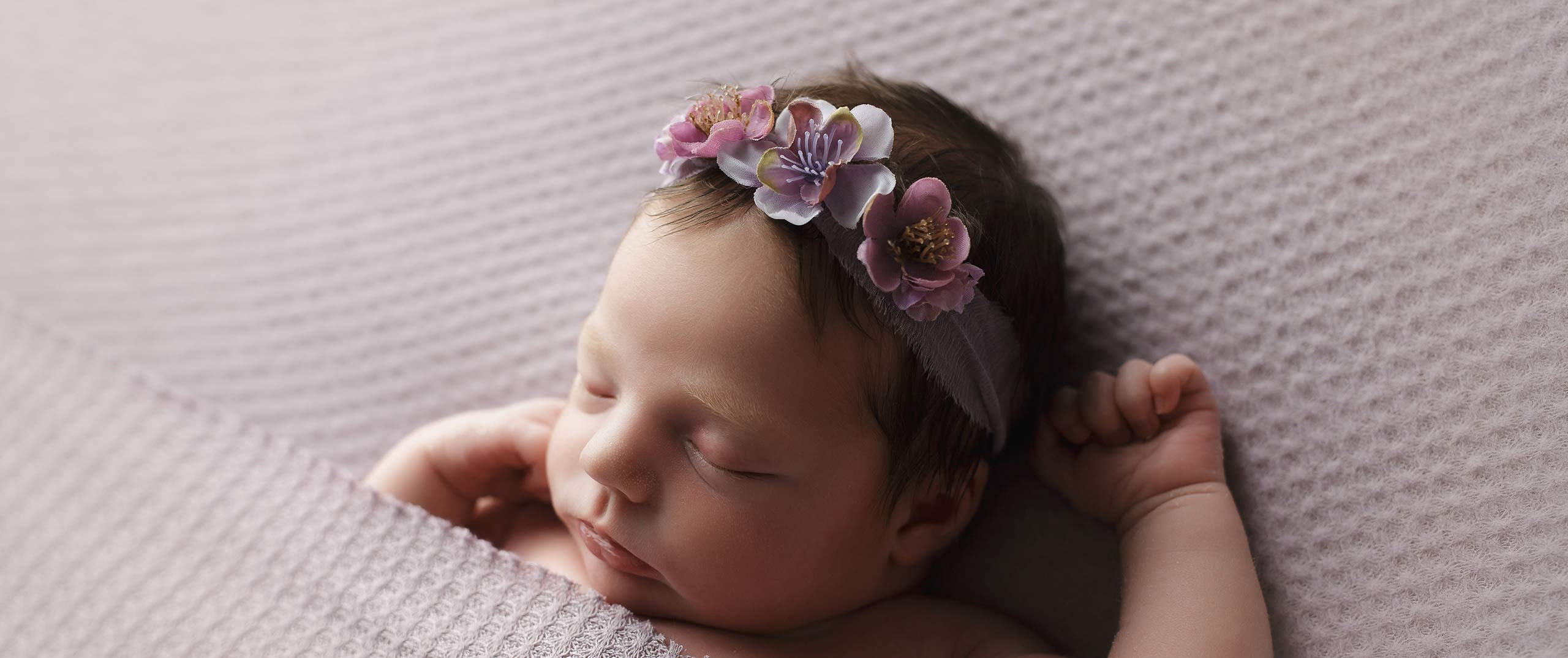 lincoln ne baby newborn photographer sleeping baby girl