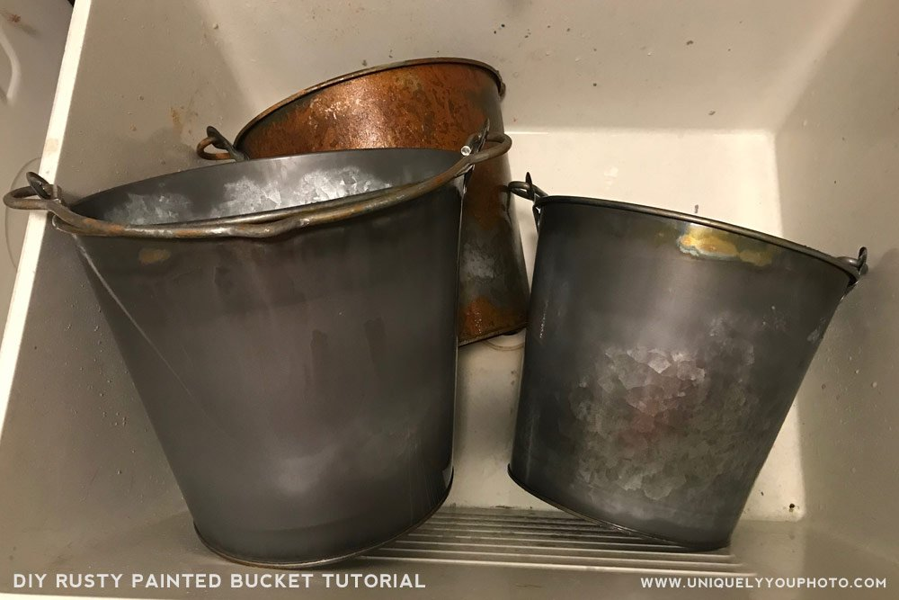 how to rust a metal bucket