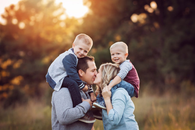 outdoor family photo session lincoln