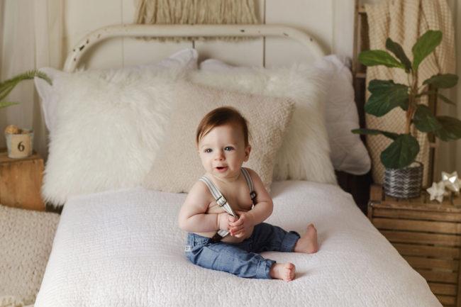 6 month photos baby photographer lincoln nebraska