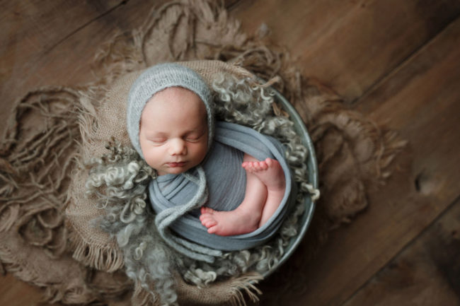 lincoln nebraska newborn photographer wrapped gray