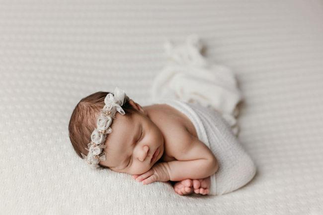 newborn photo session lincoln ne